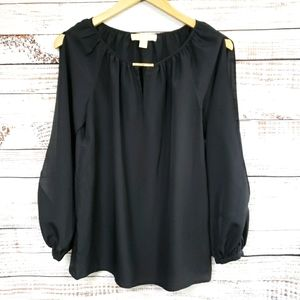 MMK slit arms airy top gold tone bar